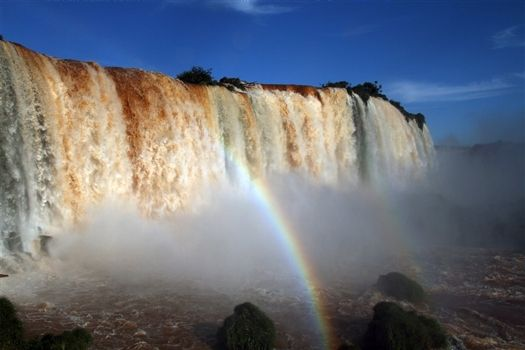 Foz do Iguacu - Impressive water mass