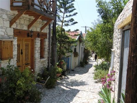 Laneia - a walk through the village