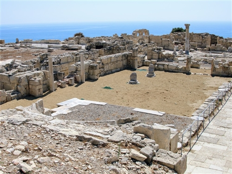 Kourion ruins column