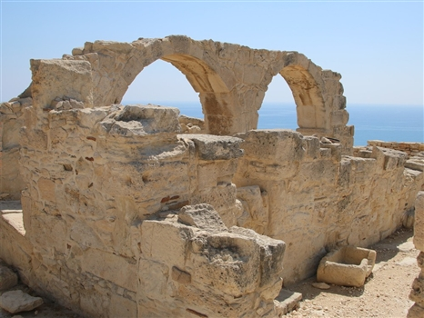 Kourion site arches