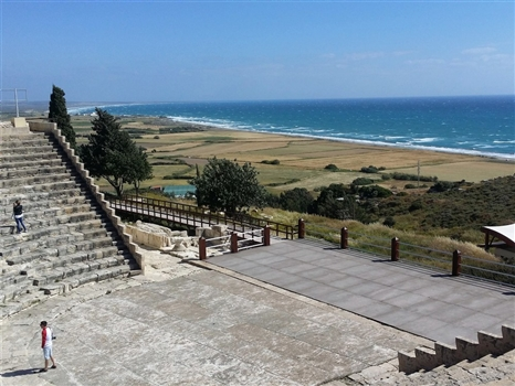 kourion theatre sea