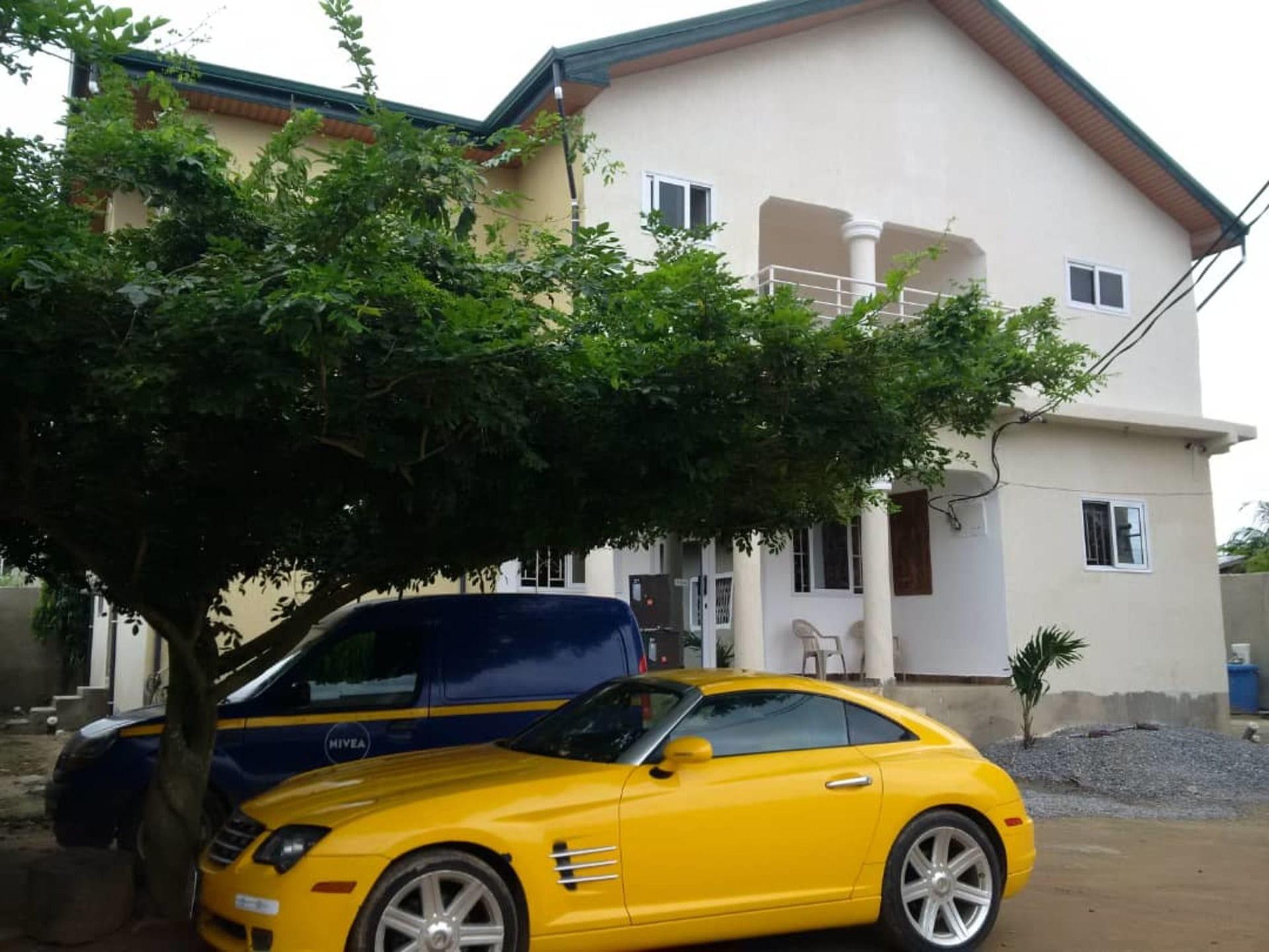 Del Family Lodge