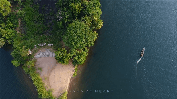Ghana at Heart - Canoe from the air