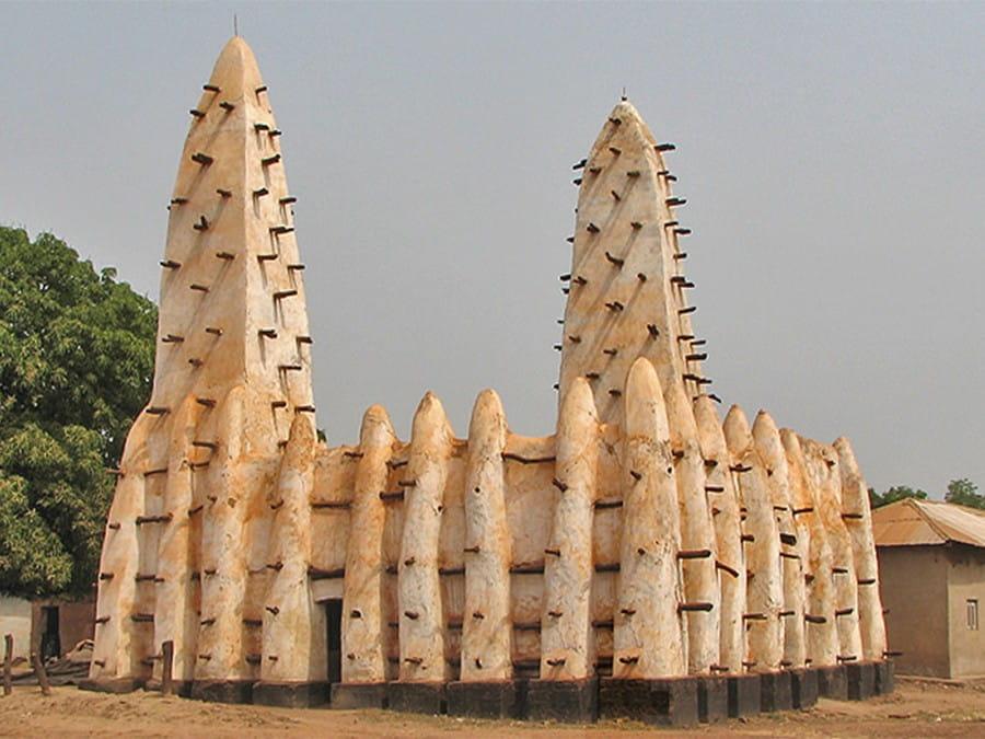 Banda Nkwanta Mosque